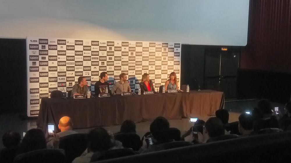 Marco Luque, Sergio Guizé, Marcus Baldini, Tatiana Quintella e Luana Piovani na coletiva de imprensa de O Homem Perfeito, em São Paulo | Foto: Nayara Reynaud