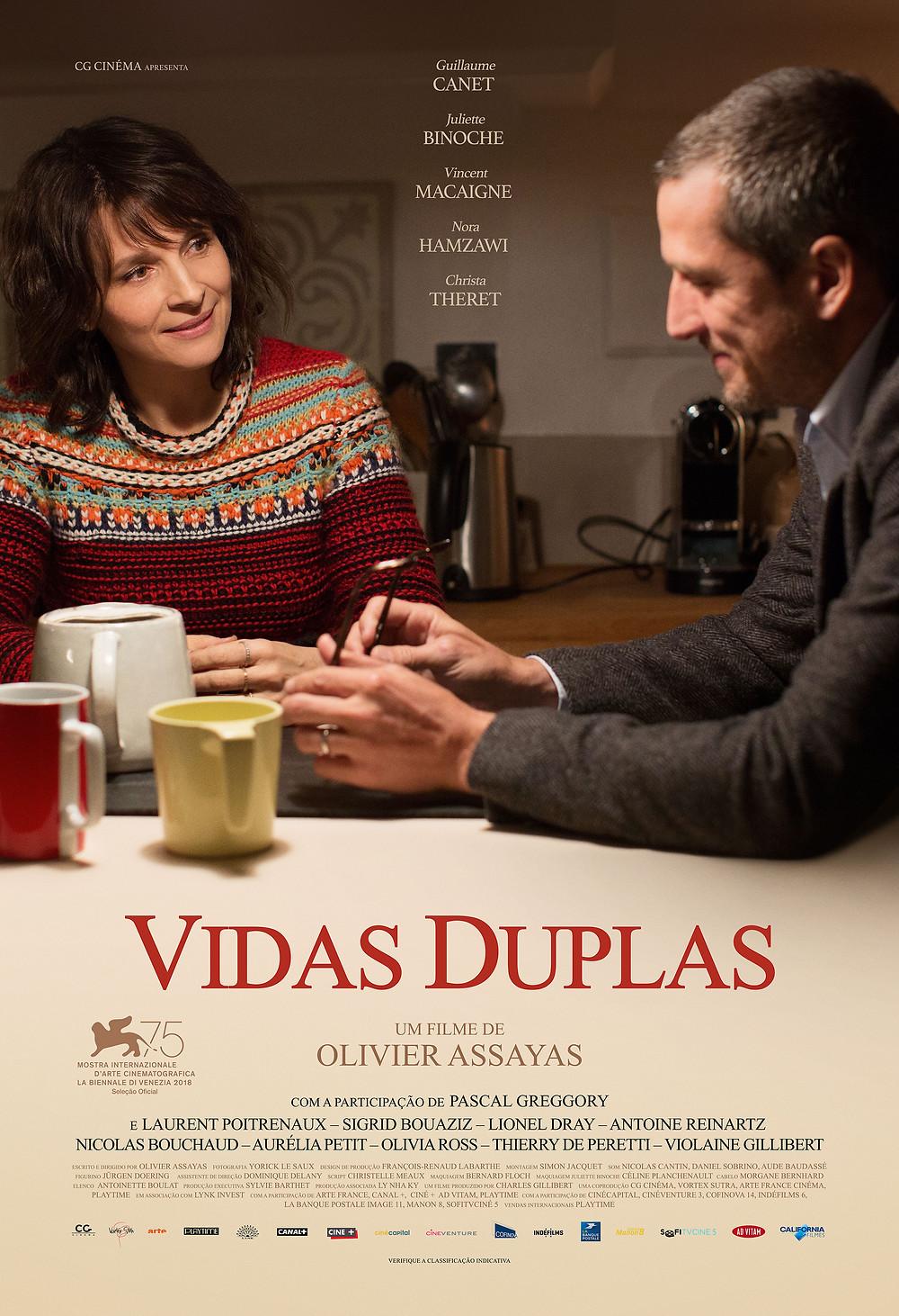 Cartaz do filme Vidas Duplas (2018) | Divulgação (Califórnia Filmes)