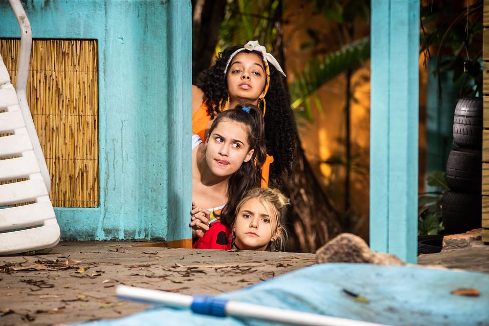 Laura Castro, Bia Torres e Giulia Nassa, as BFF Girls, em cena do filme O Melhor Verão das Nossas Vidas (2020) | Foto: Divulgação (Galeria Distribuidora | Créditos: SerendipityInc)