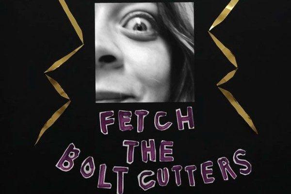 Capa do álbum Fetch The Bolt Cutters (2020), quinto disco da cantora norte-americana Fiona Apple | Divulgação