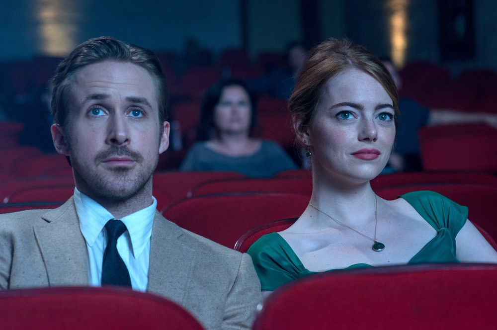 Ryan Gosling e Emma Stone em cena do filme La La Land – Cantando Estações (2016) | Foto: Divulgação (Paris Filmes)