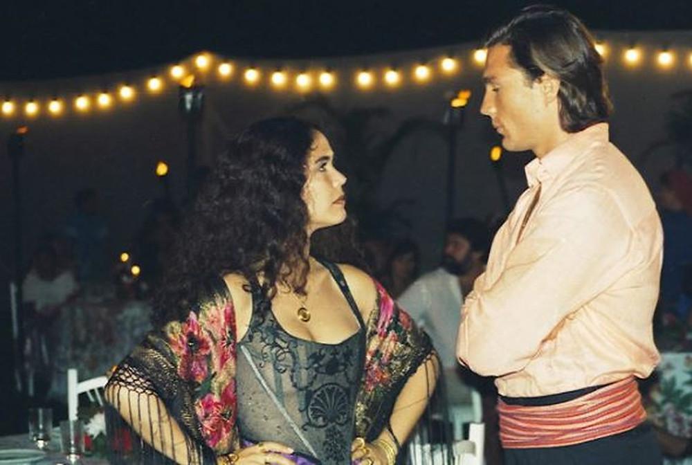 Tereza Seiblitz e Ricardo Macchi em cena da novela Explode Coração (1995-96), de Glória Perez | Foto: Divulgação (Globo / Globoplay)