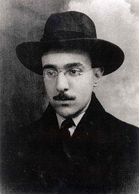 O poeta português Fernando Pessoa
