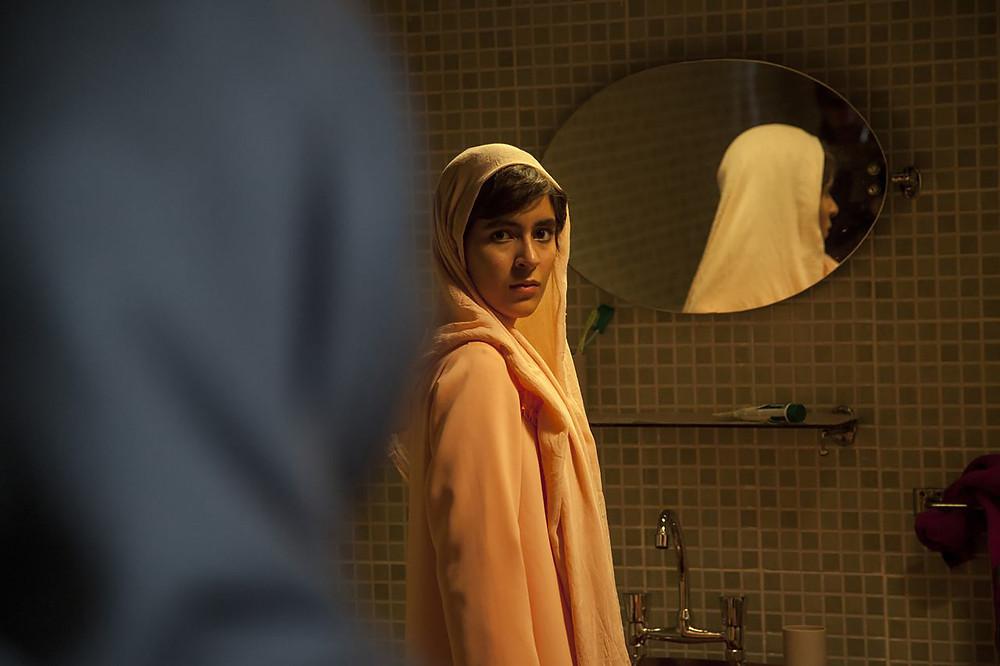 Mahour Jabbari no filme iraniano Ava (2017) | Foto: Divulgação