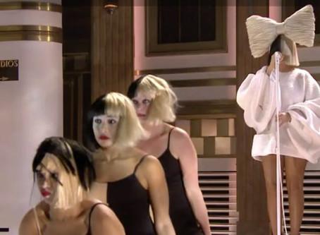 Sia | Uma linha de produção em série de canções para trilhas sonoras
