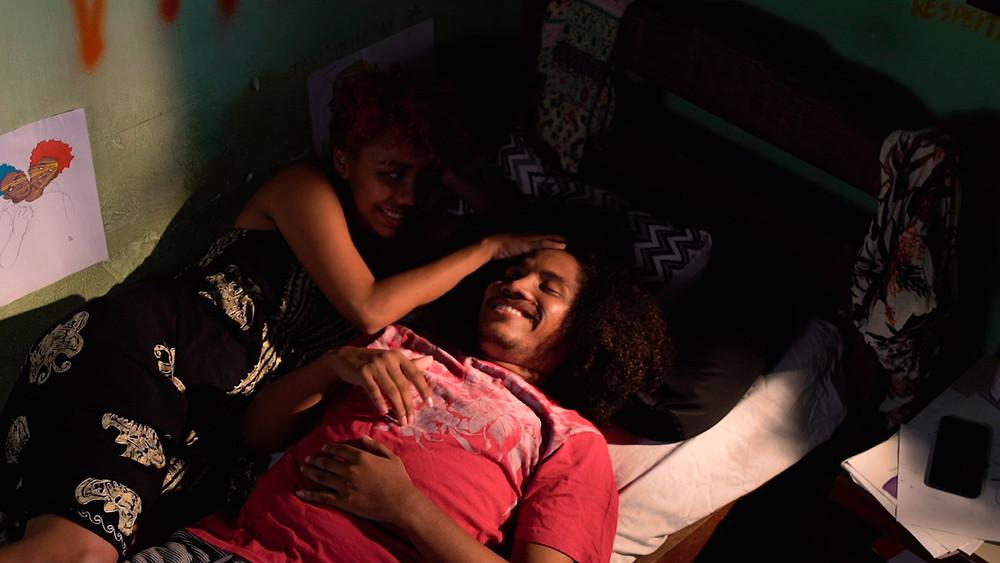 Dalila Costa e Miller Alcântara em cena do curta brasileiro Traçados (2020), produção paraense dirigido por Rudyeri Ribeiro | Foto: Divulgação (Créditos: Felipe Cordeiro)
