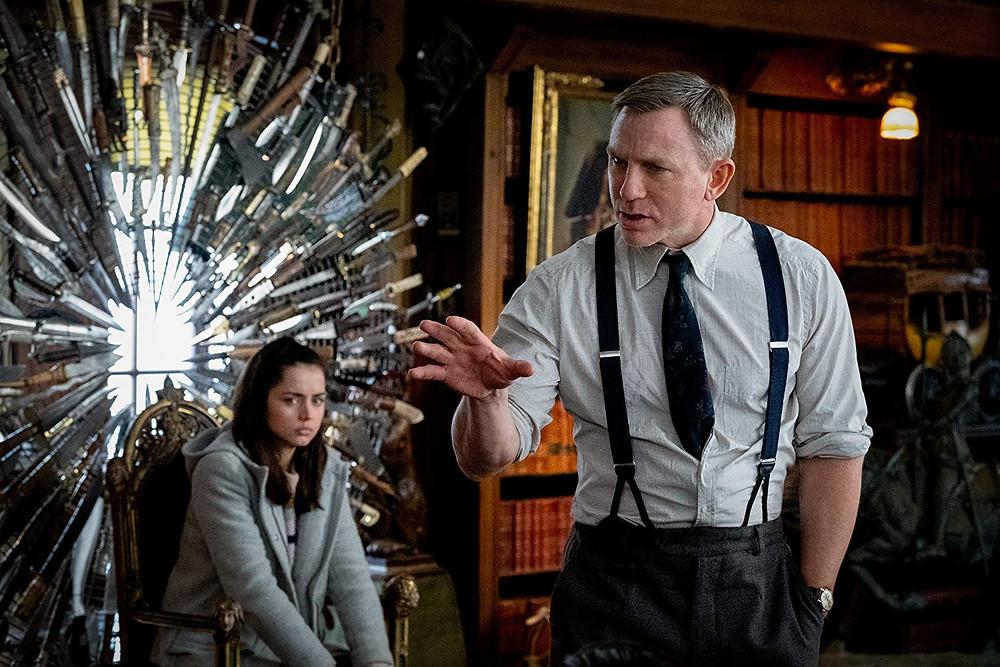 Ana de Armas e Daniel Craig em cena do filme Entre Facas e Segredos (Knives Out, 2019), de Rian Johnson | Foto: Divulgação (Lionsgate / Paris Films)