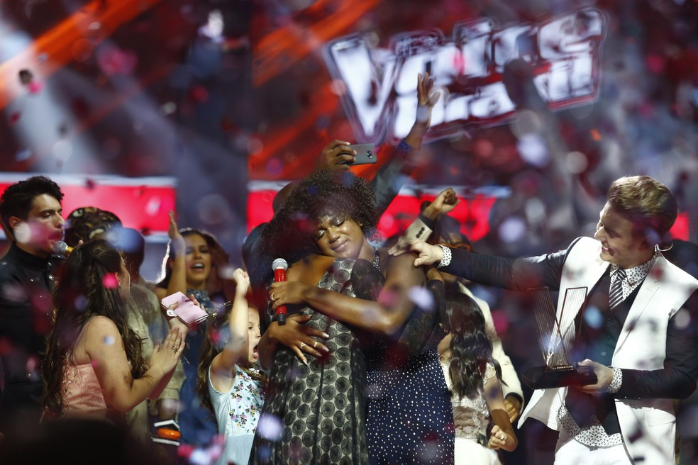 Mylena Jardim, a grande vencedora da quinta temporada do The Voice Brasil (2012-)   Foto: Artur Meninea/Gshow
