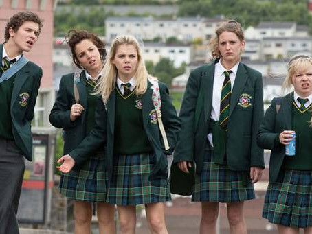 DERRY GIRLS | Alienação como forma de protesto