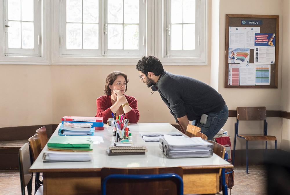 A atriz Karine Teles e o diretor Gustavo Pizzi durante as gravações de Benzinho (2018)  | Divulgação (Créditos: Bianca Aun)