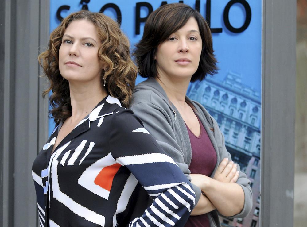 Patrícia Pillar e Claudia Raia na novela A Favorita (2008-09) | Foto: Divulgação (TV Globo / Créditos: Frederico Rozario)