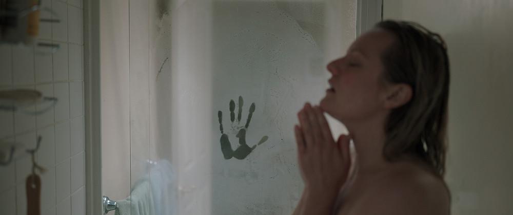Elisabeth Moss em cena do filme O Homem Invisível (The Invisible Man, 2020), de Leigh Whannell | Foto: Divulgação (Universal Pictures)