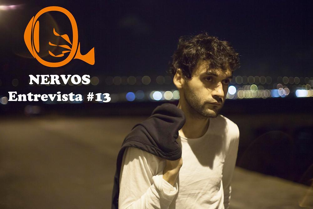 NERVOS Entrevista #13 | O ator português Mauro Soares em cena do filme António Um Dois Três (2017), uma coprodução Brasil-Portugal dirigida pelo jovem cineasta cearense Leonardo Mouramateus e ambientada em Lisboa | Foto: Divulgação (Olhar Distribuição)