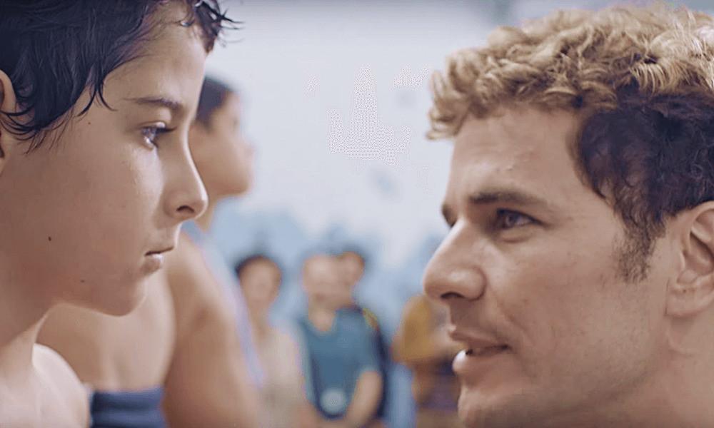 Luiz Felipe Mello e Daniel de Oliveira em cena do filme brasileiro Aos Teus Olhos (2017) | Foto: Divulgação (Pagu Pictures)