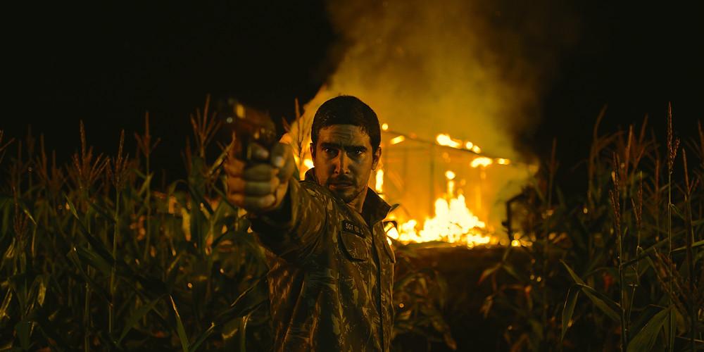 Renato Góes em cena do filme nacional Macabro (2019) | Foto: Divulgação (Pandora Filmes)