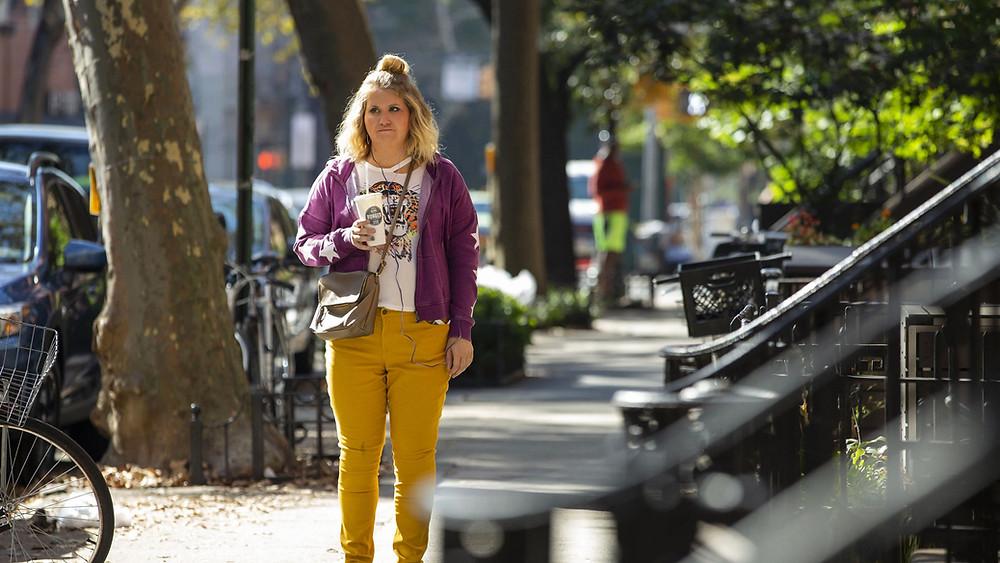 Jillian Bell em cena do filme A Maratona de Brittany (2019) | Foto: Divulgação (ABMIC)