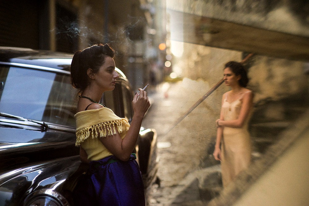 Julia Stockler e Carol Duarte em cena do filme brasileiro A Vida Invisível de Eurídice Gusmão (2019), de Karim Aïnouz | Foto: Divulgação (RT Features / Créditos: Bruno Machado)