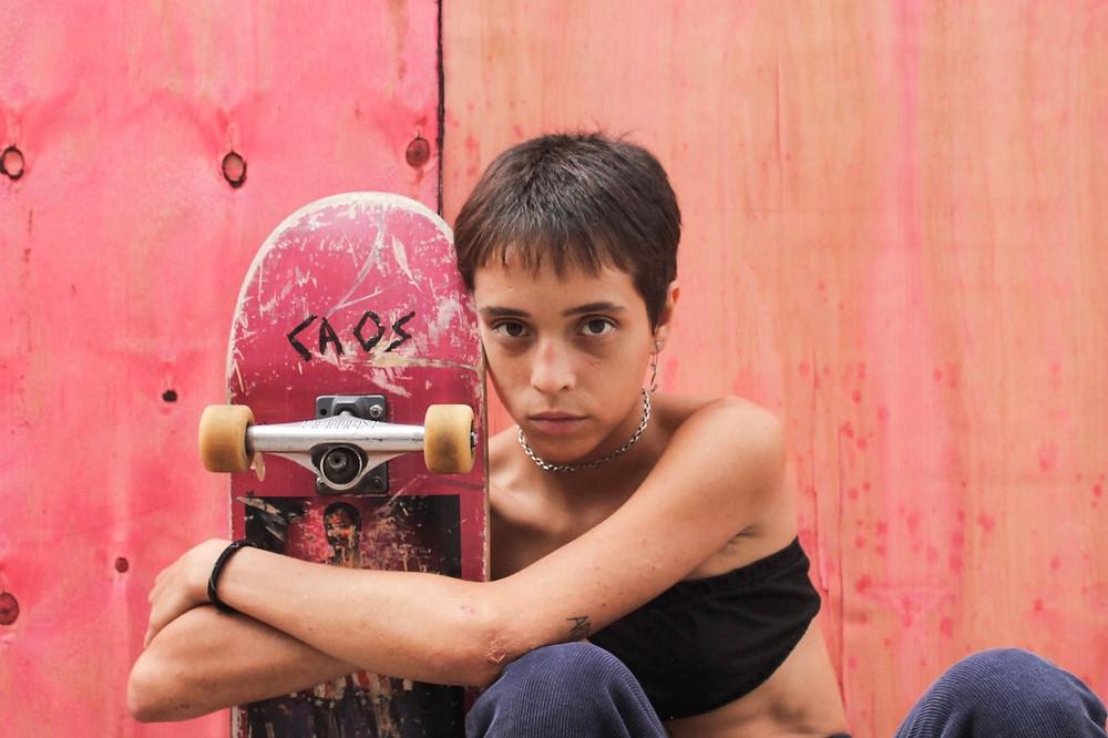 Grace Orsato no filme brasileiro Meu Nome É Bagdá (2020), de Caru Alves de Souza | Foto: Divulgação (Manjericão Filmes)