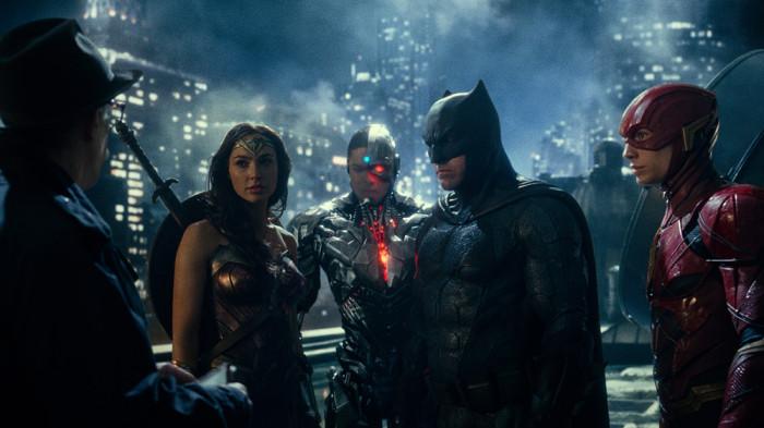 Gal Gadot, Ray Fisher, Ben Affleck e Ezra Miller em cena do filme Liga da Justiça (2017) | Foto: Divulgação