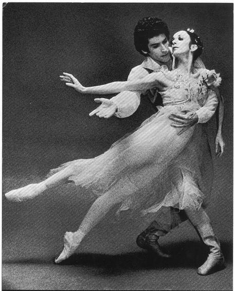 Os bailarinos Marcia Haydée e Richard Cragun nos palcos, em cena do documentário Marcia Haydée - Uma Vida pela Dança (2019) | Foto: Divulgação (Anagrama Filmes)