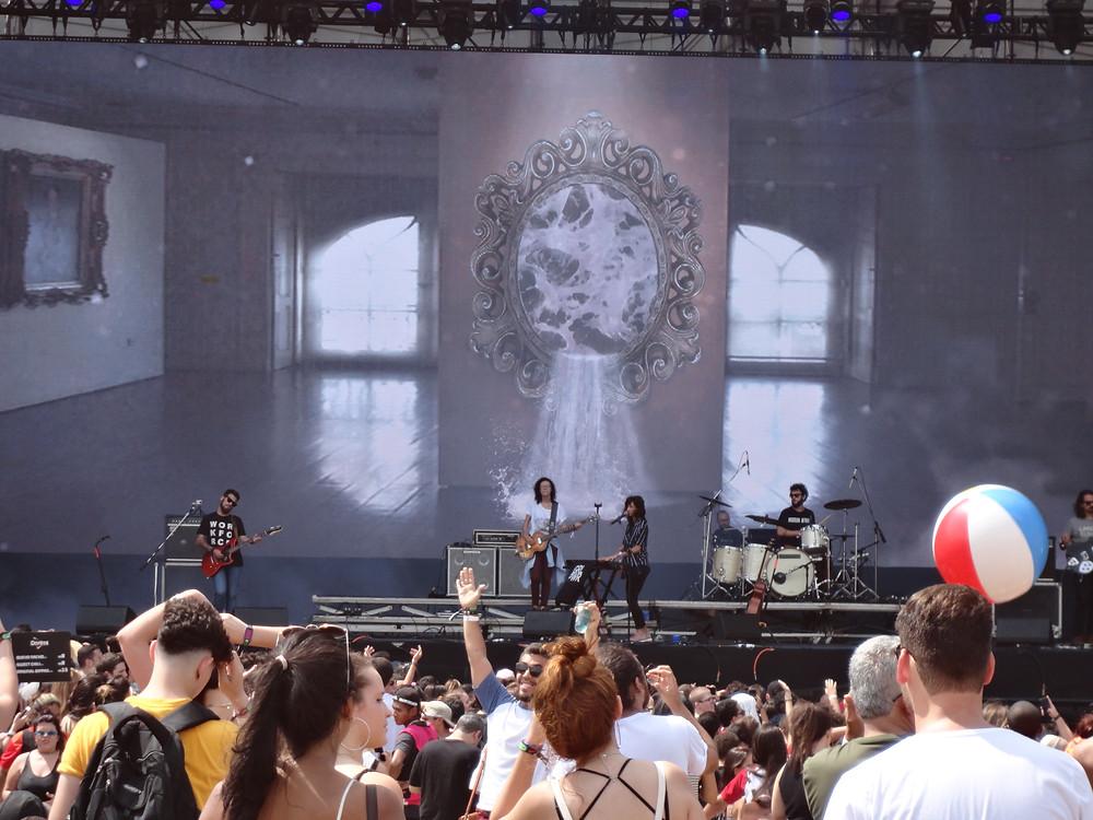A banda potiguar Plutão Já Foi Planeta no Lollapalooza 2018 | Foto: Nayara Reynaud