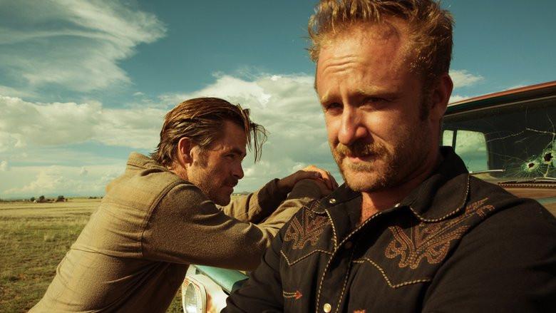 Chris Pine e Ben Foster em cena do faroeste A Qualquer Custo (Hell or High Water, 2016) | Foto: Divulgação (Califórnia Filmes)