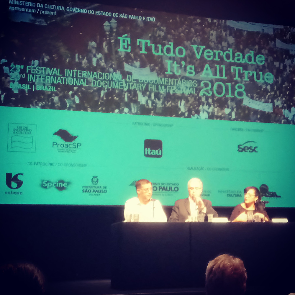 Eduardo Saron, Amir Labaki e Rosana Cunha na coletiva do É Tudo Verdade 2018 | Foto: Nayara Reynaud
