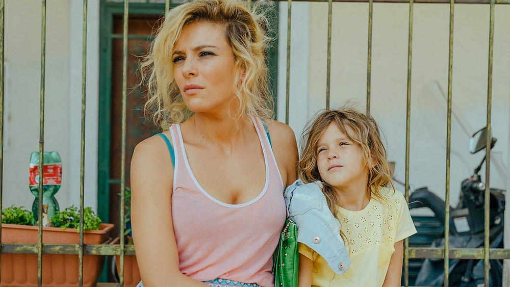 Jasmine Trinca e Nicole Centanni em Fortunata (2017)