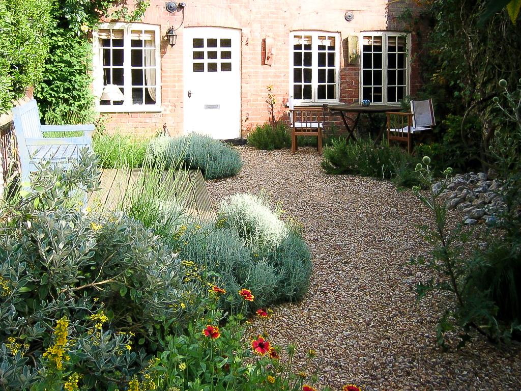 Norfolk Cottage garden - low mainten