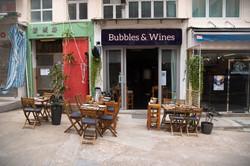 Bubbles & Wines