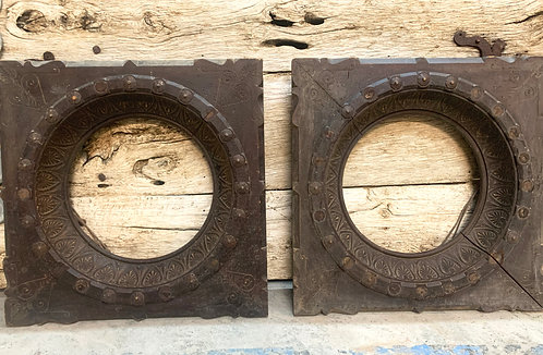 Large Round Oak Wooden Frames, A Pair