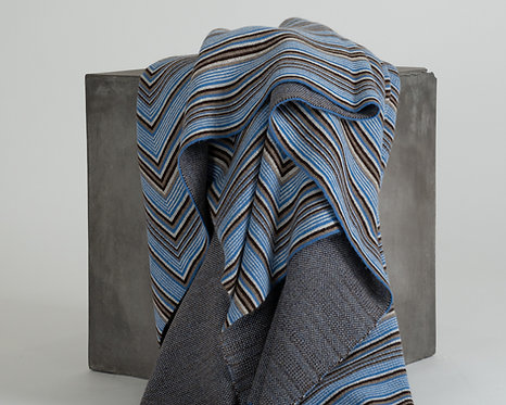 Jacquard Knit Cashmere Throw with Concentric Squares