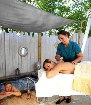 Outdoormassagen völlig privat