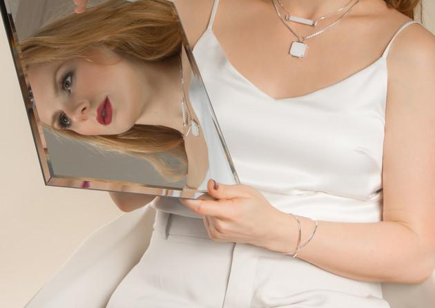 Haley-Lebeuf-Jewelry-2017-Model-Austin-T