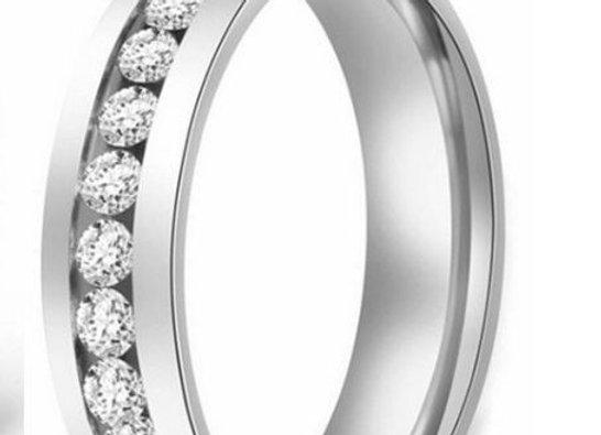 Edelstahl Ring - Silber mit Steinen