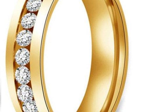 Edelstahl Ring - Gold mit Steinen