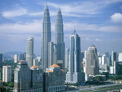 Kuala_Lumpur_Petronas_Twin_Towers_Malays