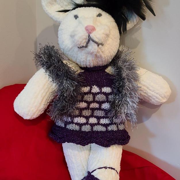 Knitting and Costume design - Sara