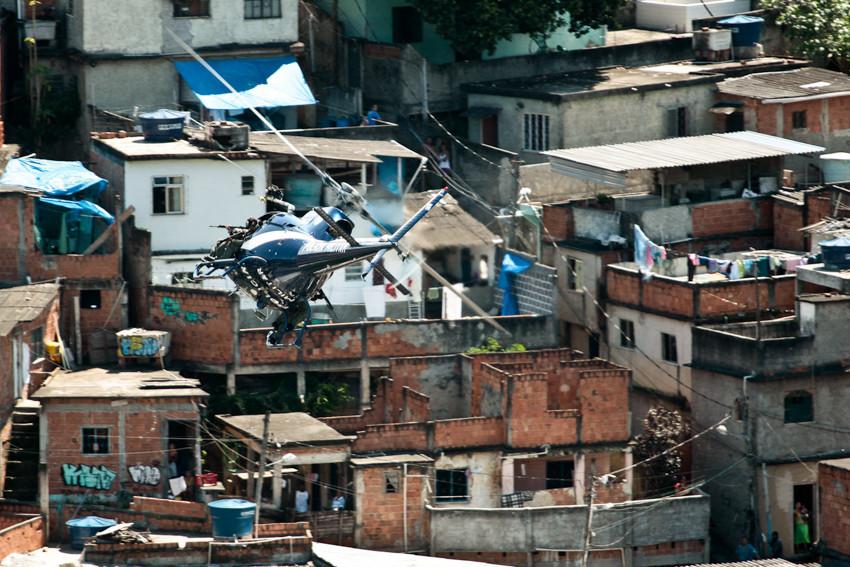 Retomada_do_Alemão_(27).jpg