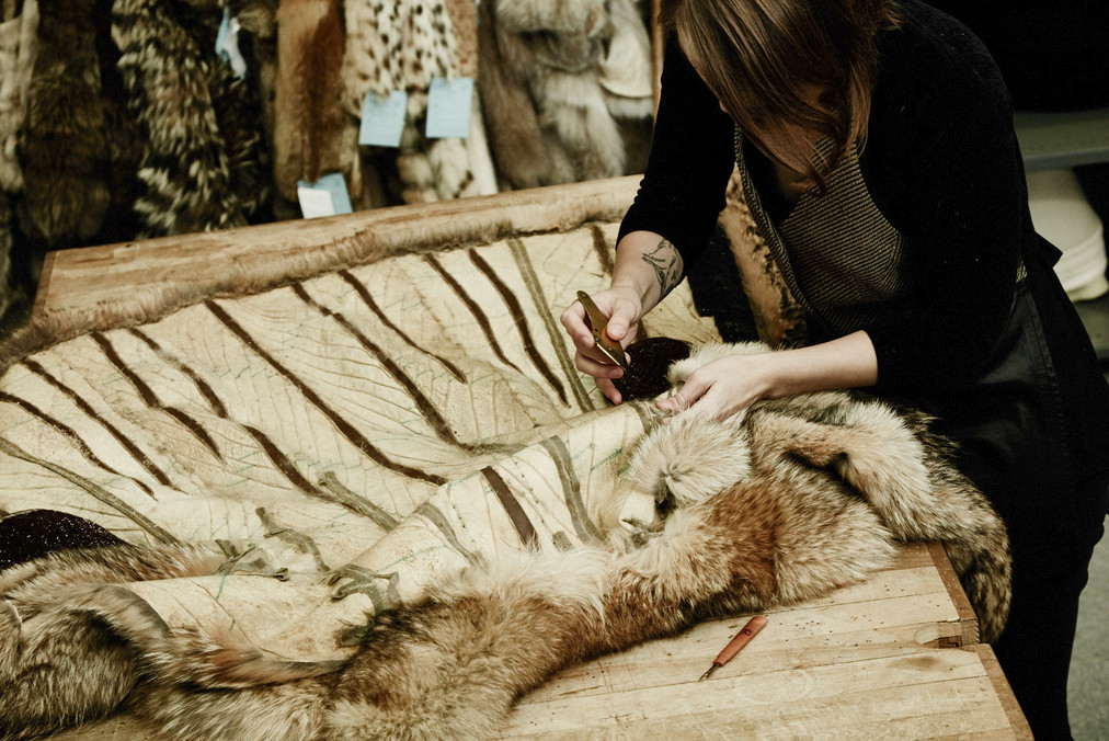 UPCYCLING A FUR COAT: To create new accessories for Harricana by Mariouche
