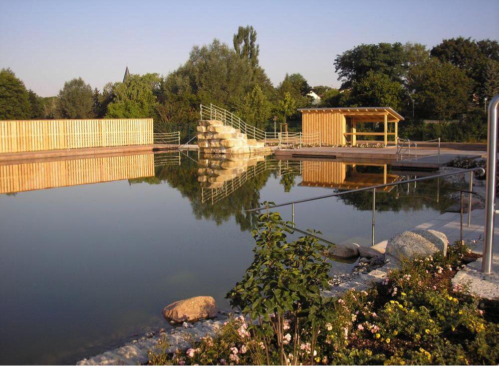2006, Плавательная зона 1400 кв. м., зона регенирации 1100 кв. м.