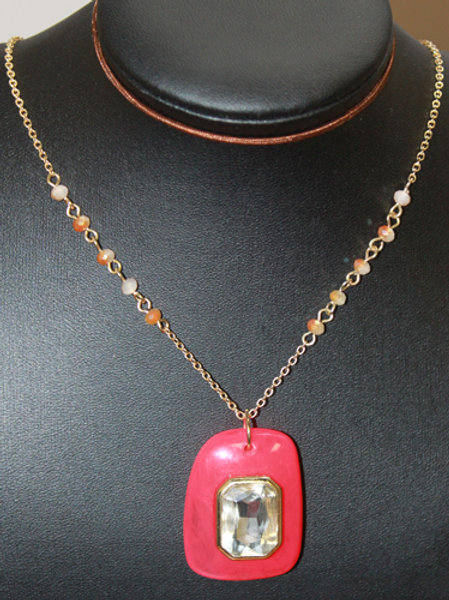 RED PENDANT NECKLACE