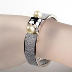 SILVER BANGLE WITH DOUBLE PEARL