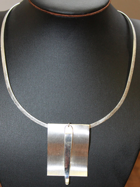ALL SILVER CHOKER NECKLACE
