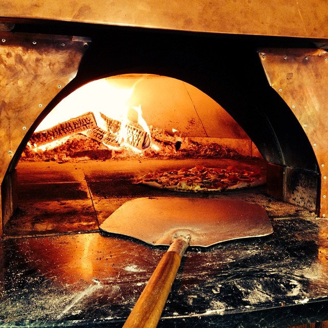 New oven! New Location! Come check it out!!! #pizza #gap #vermont #vermontmade #new #wood-