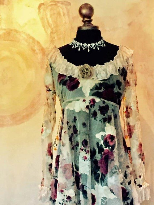 Camelot Dress in Lace/Mesh