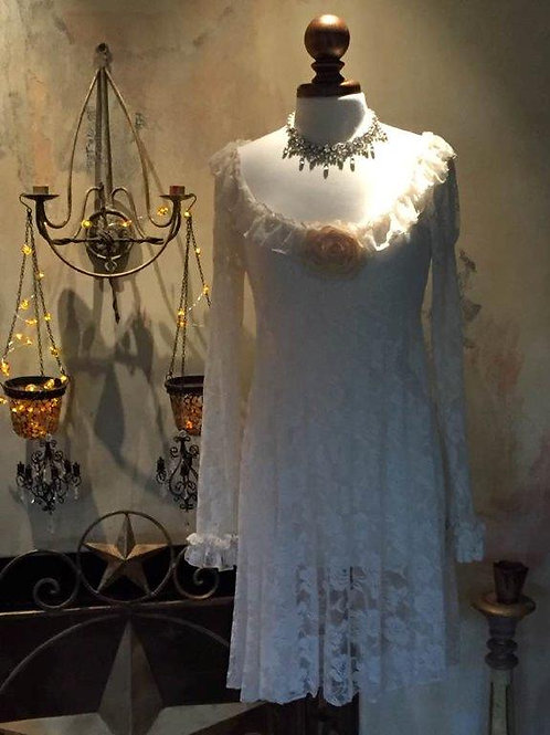 Camelot Dress in Lace