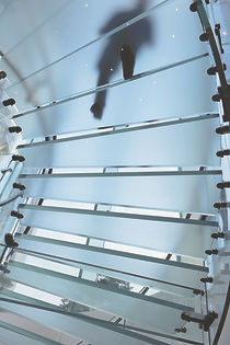marche escalier en verre
