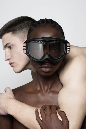 burberry-b-series-icon-stripe-ski-goggle