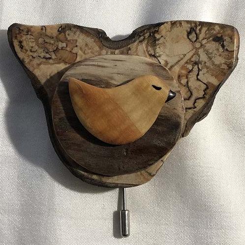 broche oiseau sur erable